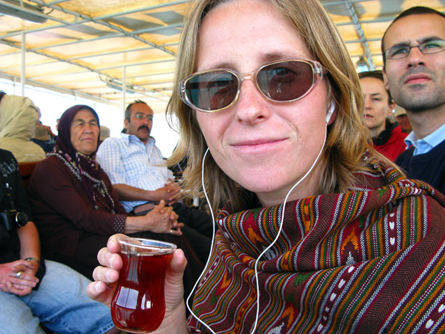 Турецкий чай мне нравится куда больше, чем индийский