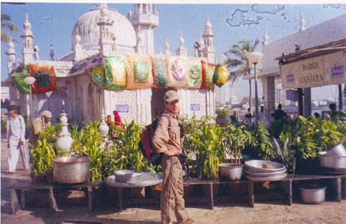 в Бомбее 10 лет назад. Храм Лакшми.