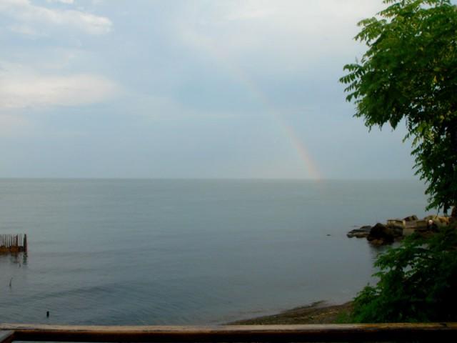 Радуга над Черным морем - счастливый знак