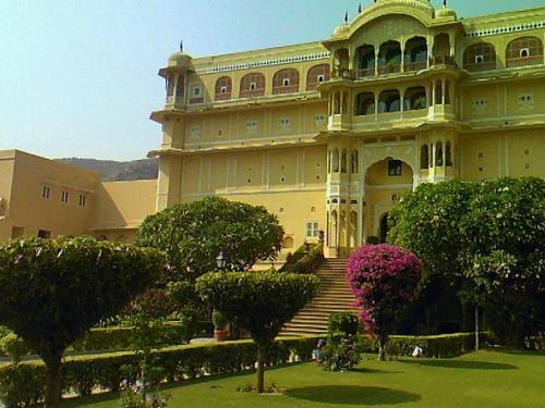 дворец Самод