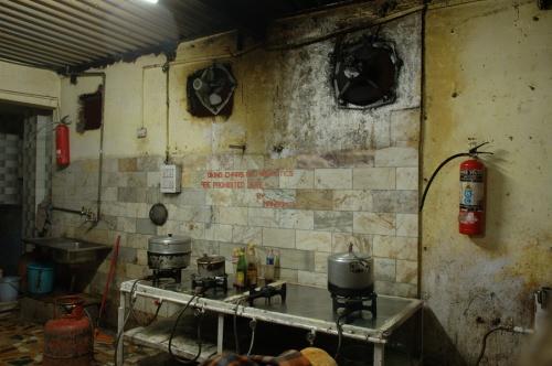 кухня в Anoop Guesth. :))
