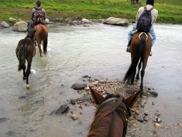 Переправа через горную реку