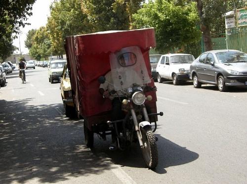 Кто сказал, что в Иране нет моторикш?