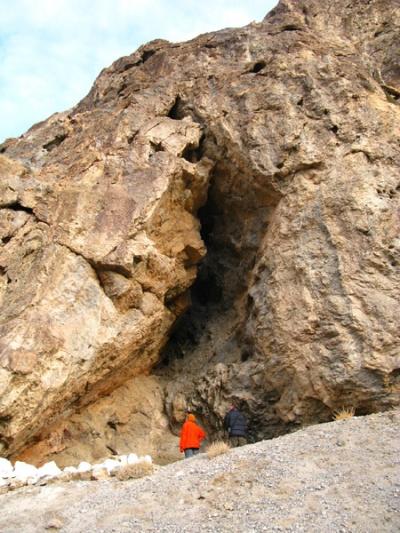 Пещера древних людей