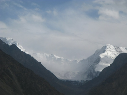 Последний взгляд на снежный Хиндукуш