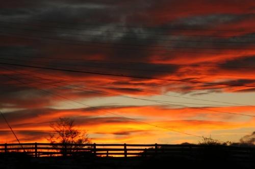 Огненно-небесный закат на Оненной земле