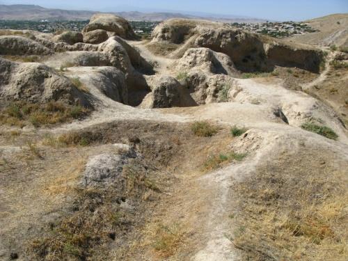 Крепость Александра Македонского в Истарафшане