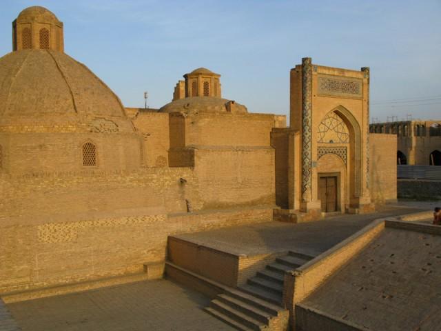 Вид с крыши соседней мечети