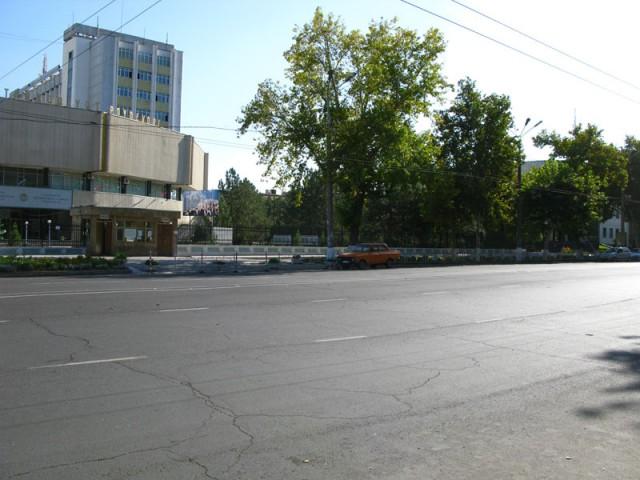 Улицы Ташкента днем