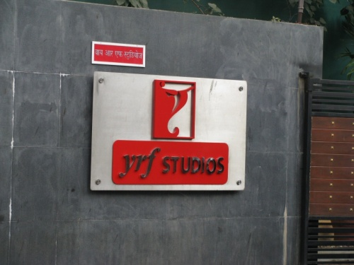 студия Yash Raj Films... no comments)))