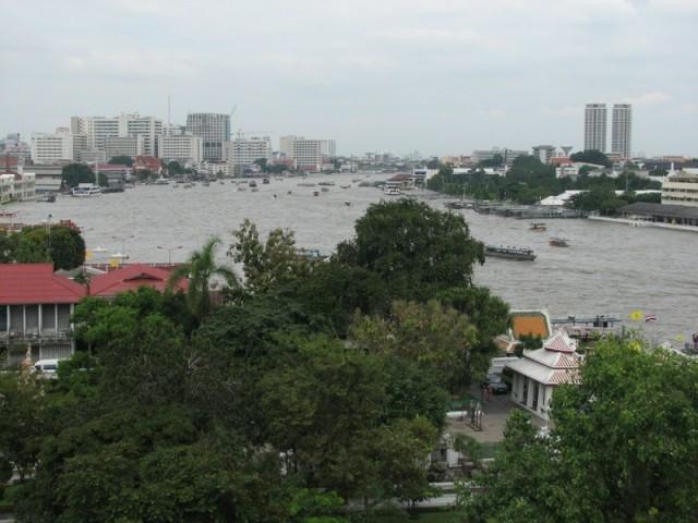 Вид на город с верхотуры храма