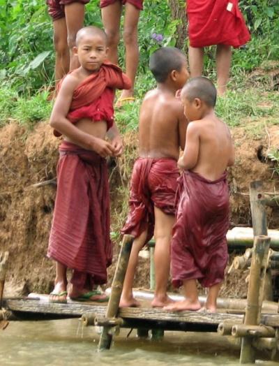 Дети из монастыря