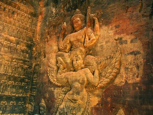 Вишну на Гаруде. Храм Prasat Kravan