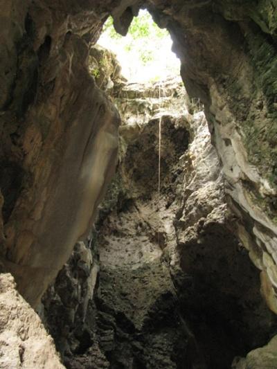 Пещеры смерти ок. Баттамбанга, Камбоджа