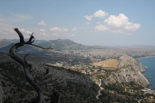 вид с горы Сокол на Судак