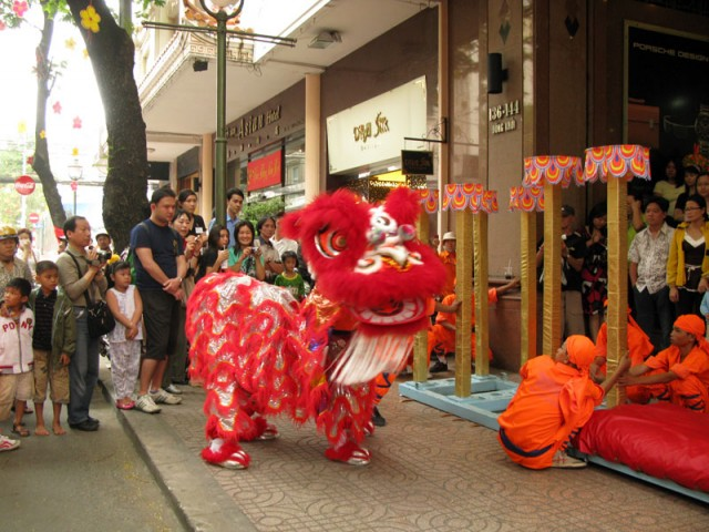 Танцы драконов. Новый год в Хо Ши Мине