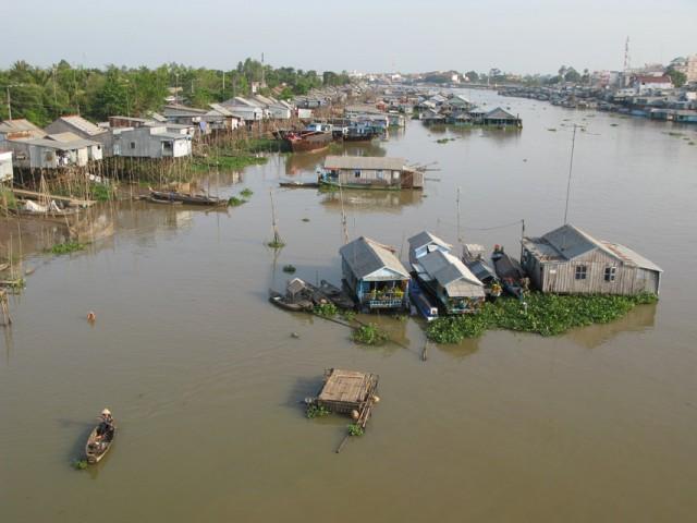 Меконг с моста в Чау Доке