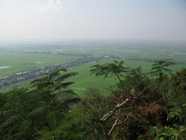 Вид со священной горы Сам