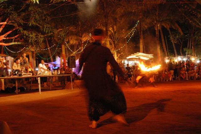 гоанские бабушки танцуют так...
