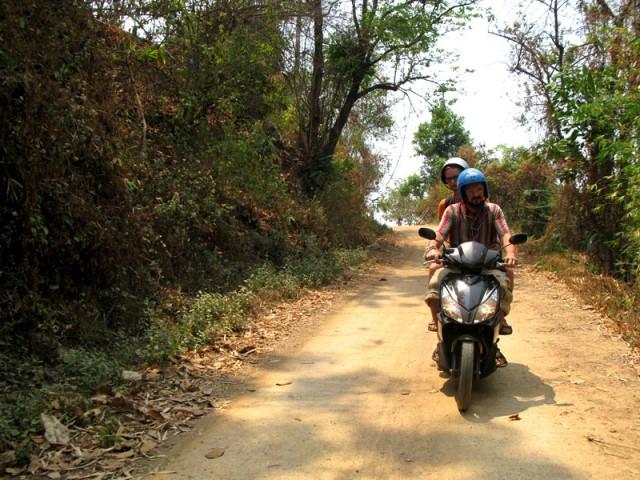 На сельских дорогах Таиланда