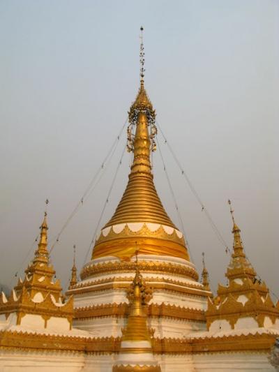 Бирманская ступа