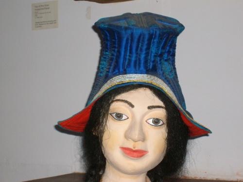 Резиновая кукла Маши Распутиной оттуда же