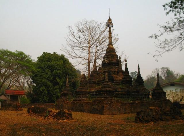 Старая ступа в Чианг Дао