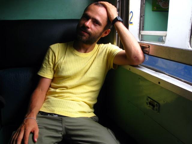 Снова в поезде