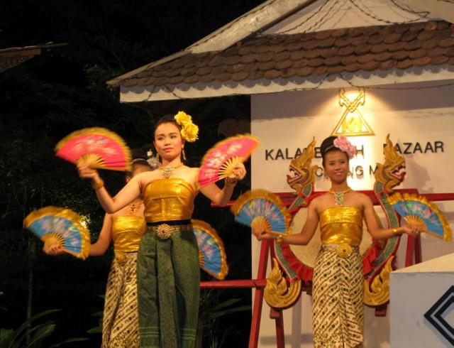 Тайские танцы под айс-крим