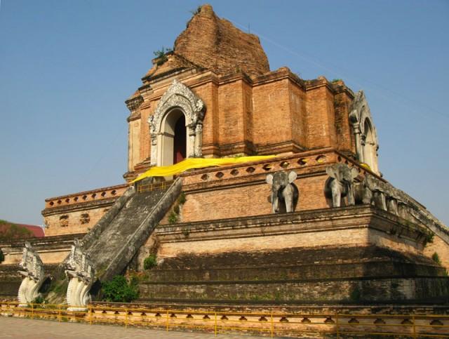 Все, что осталось от храма Чеди Луанг