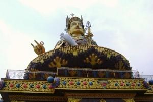 Статуя Падмы Самбхавы