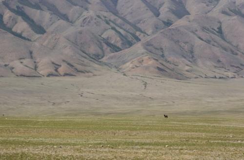 Растворяясь в монгольских просторах