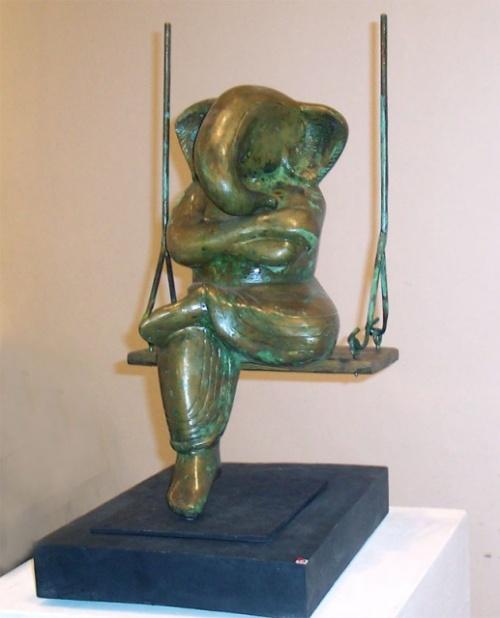 очень впечатлила меня эта статуэтка в музее...
