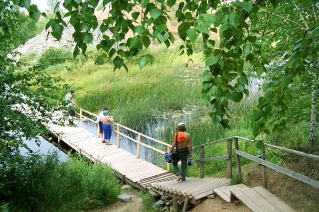 мостик через р. Караганку