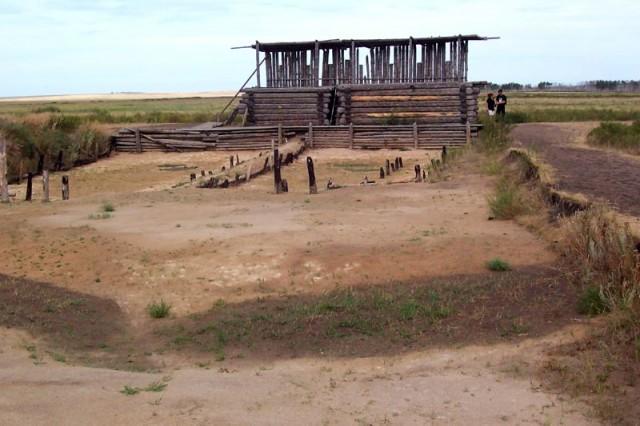 Реконструкция стены, окружавшей древний город