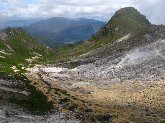 Застывшая река лавы