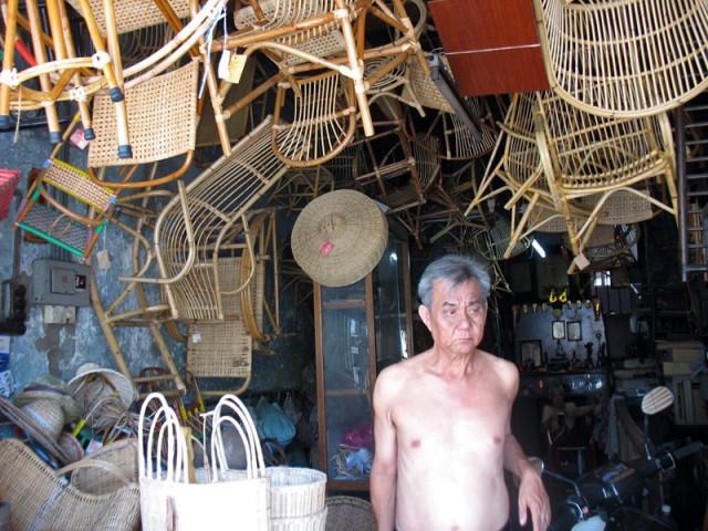 Китайская мебельная лавка