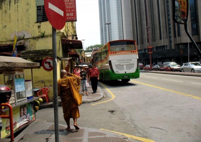 Пешком по Куала-Лумпуру