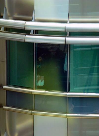Человечек за стеклом