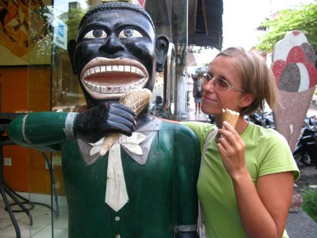 Ешь мороженное и будь счастлив, индостанин!