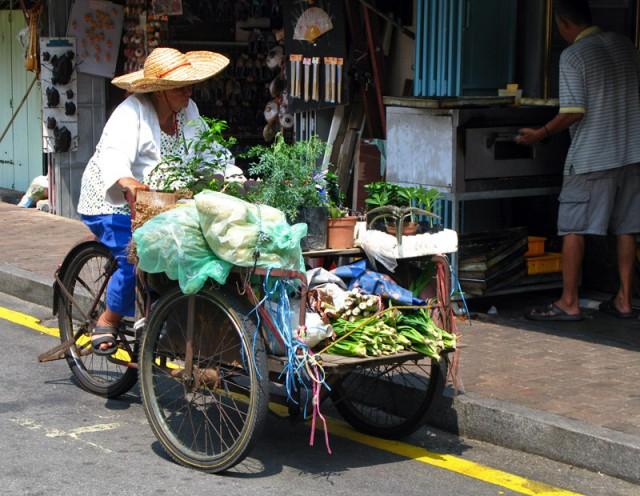 Передвижной овощной магазин