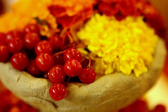 подсвешник (сырая глина, цветы, калина)
