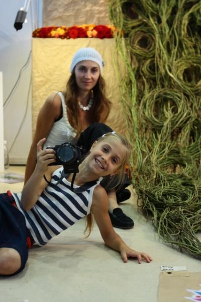 Анита и Полина  на выставке.