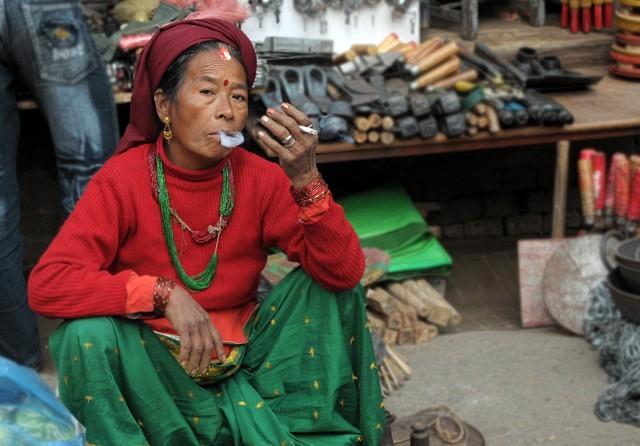 Курящая из Катманду