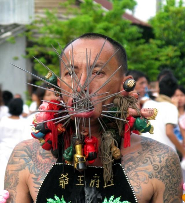 Вегетарианский фестиваль на Пхукете, Таиланд 9