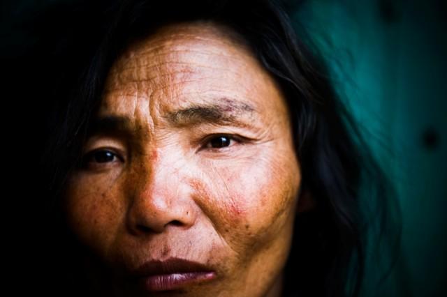"Непал. Катманду. Из серии: ""Души."" ""Живущая на улице."" 2009 г."