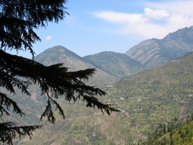 По дороге в Чаини. Долина Банджар