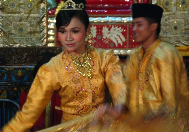 Танцы Западной Суматры