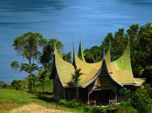 Дом в стиле Минангкабау