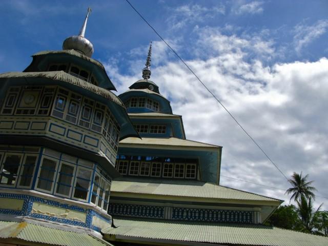 Местная мечеть